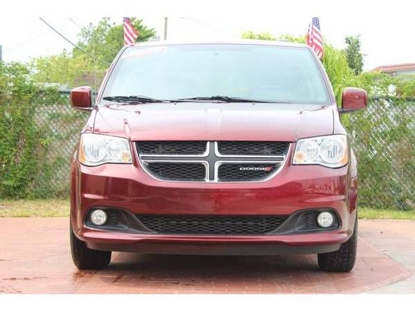 2018 Dodge Grand Caravan Passenger Sxt Minivan 4d As Low As 499 Down Oac Bad Credit Ok Negocialo Ya In 2020 Grand Caravan Mini Van 2018 Dodge