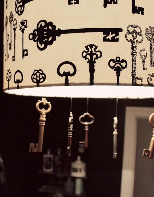 DIY skeleton key chandelier