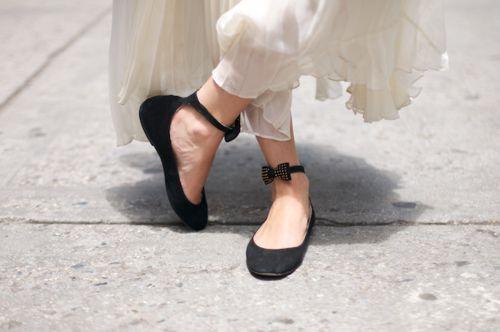 tiny bowDreams Man, Bows Flats, Cute Shoes, Style, Cute Flats, Bow Shoes, Flats Shoes, Ballet Flats, Bows Shoes