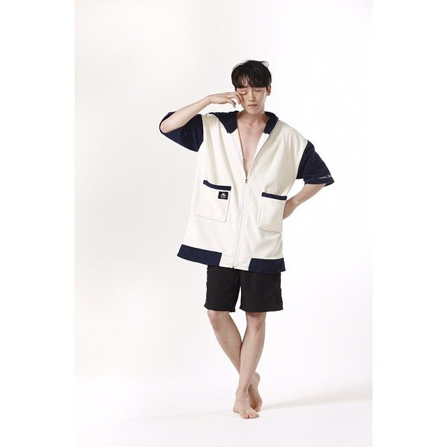 Tool Chip #PANDAROACH GECO with holiday campaign  TOOL CHIP is the best way to enjoy this summer holiday.  surfers and campers, play various leisure activities have fun with Geco!  #geco #toolchip #robe #robe_item #beach_wear #beach_item #unisex #shower_gown #summer_fahsion #home_wear #cuplelook #familylook #night_wear #제코 #툴칩 #이벤트 #여름준비 #휴가 #캠핑 #서핑 #수영 #어린이 #summer #camping #surfing #swim #kids #fahsion