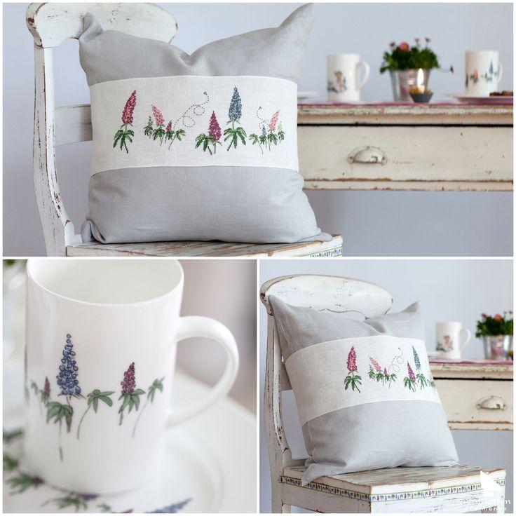 """Aus dem Buch """"Claras Geschichten"""" #acufactum #regnerischetage #gemütlich #sticken #kreuzstich #sommer #schön #kissen #rainydays #cozy #embroider #crossstitch #summer #pretty #pillow"""