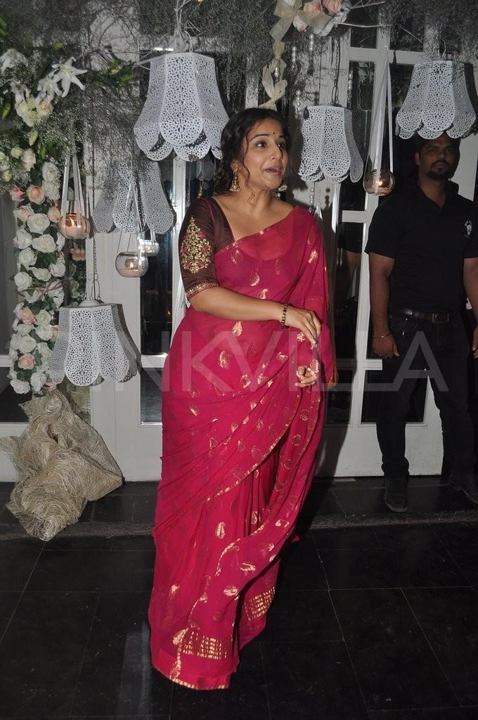 Do you like this saree?