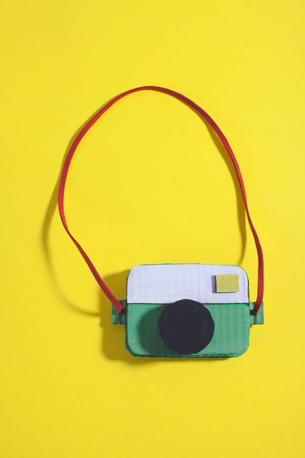 Cardboard camera & a creating with cardboard challenge! #theBoxtrollsCC #theboxtrolls