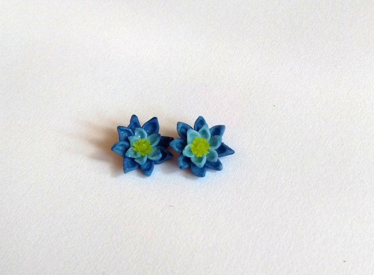 cute, blue lotus flower earrings for my friends birthday :)