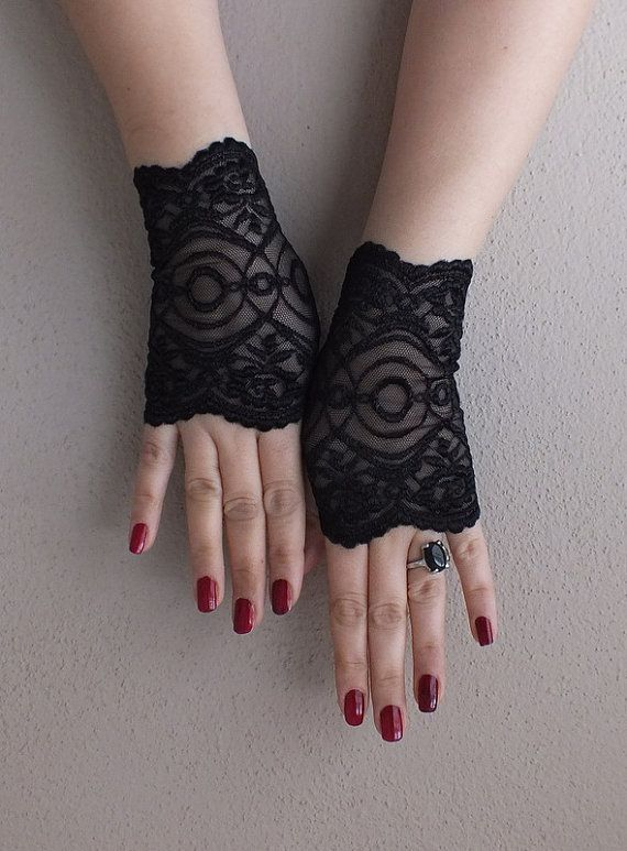 Black Lace Gloves Free Ship Wedding Prom Bridal Steampunk Noir Gypsy Lolita Cocktail Tea Party Bridesmaid Gift