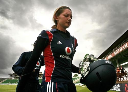 Sarah Taylor - England Female Cricket Player