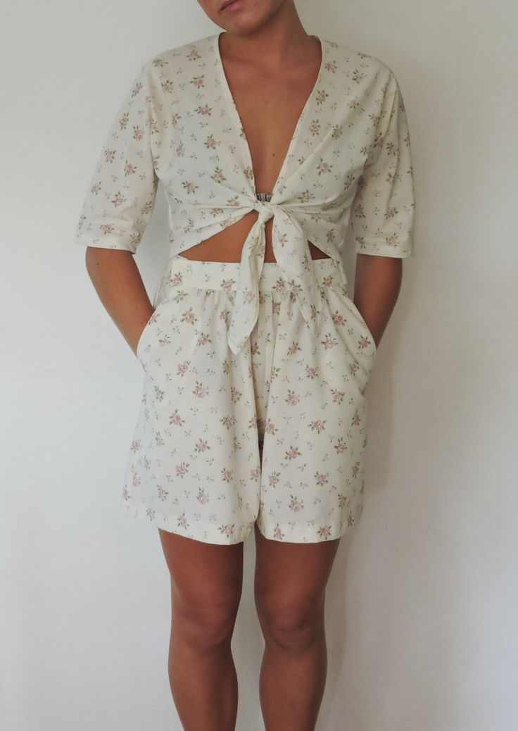 Top, Shorts, Festival Set, Handmade, Size 10 -12, Vintage Shorts, Upcycled, Tie-up Top, Floral, Sleeves, Pink, Cream by dezignhub on Etsy https://www.etsy.com/au/listing/281805376/top-shorts-festival-set-handmade-size-10