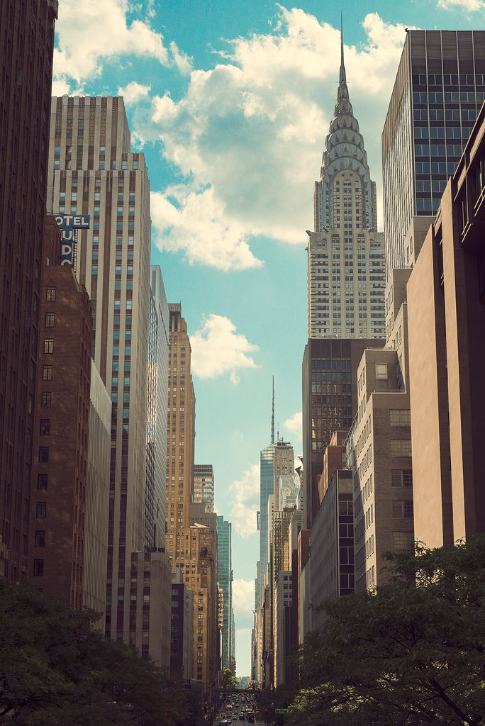 New York... favorite city!: Empire States Building, New York Cities, Travel Tips, Cars Girls, The Cities, Cities Life, Girls Style, Chrysler Building, Newyork