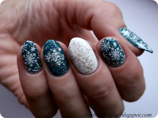 Zimowe paznokcie  z Fish-teal Braid Sally Hansen i Holo Top Coatem Lovely oraz płytką Helen 08