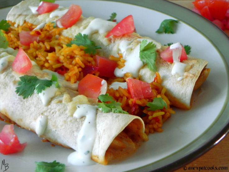 An Expat Cooks : Ranch Chicken Enchiladas--These are so good and very filling when served with rice or beans.