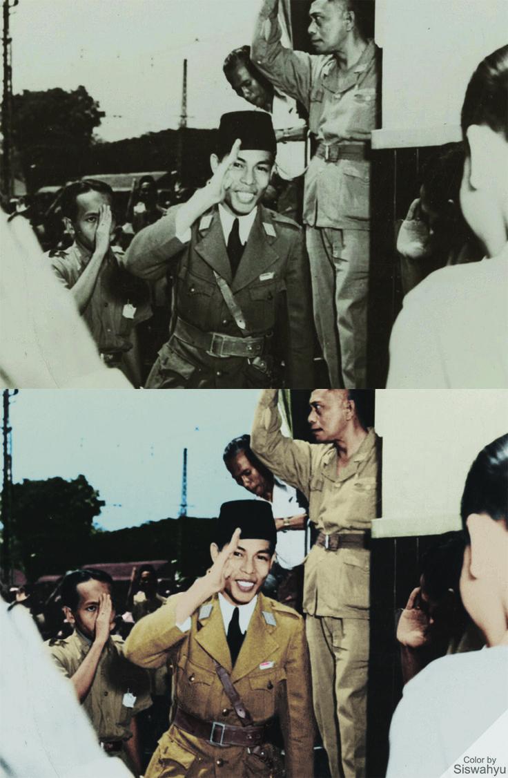 General Soedirman. Manggarai Railway Station, Jakarta in November 11st 1946. Copyright: Het Nationaal Archief