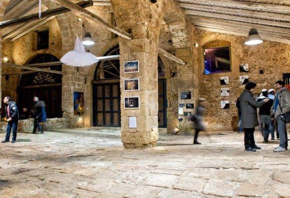 Il 26 Dicembre a Marzamemi, uno dei più suggestivi borghi marinari della Sicilia sud-orientale, ho preso parte all'inaugurazione di un'interessante collettiva d'arte: TONNARTE - Fragilità e ...