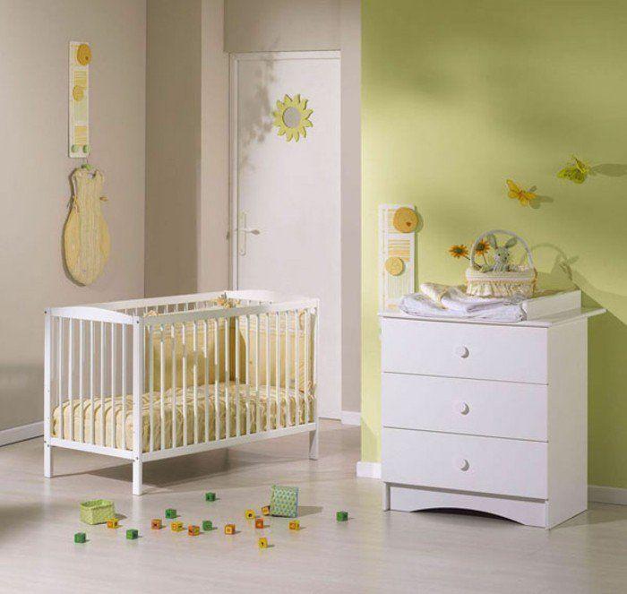 chambre bebe complete, jolie chambre bébé mixte, murs verts