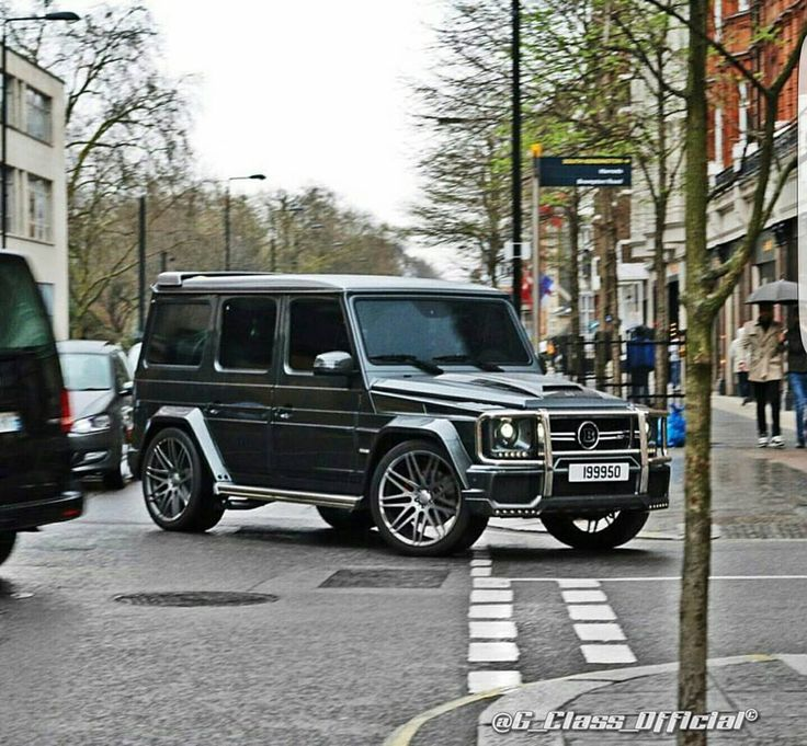 17 best ideas about mercedes g55 amg on pinterest for Mercedes benz g wagon v12