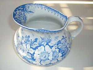 Ancien broc de toilette - pot de chambre - églantière LUNEVILLE