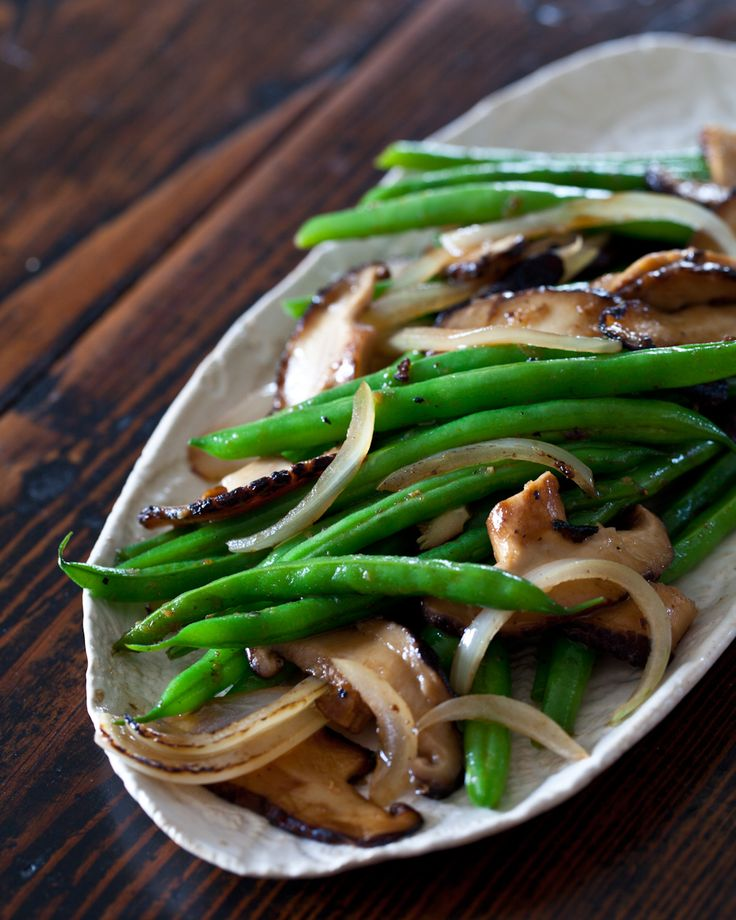 Stir Fry Recipe: Green Bean and Shiitake Mushrooms | Steamy Kitchen Recipes