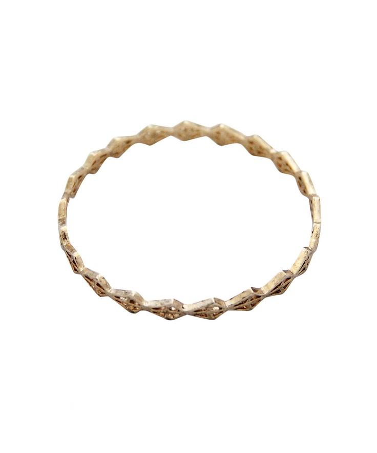 spear head bangle (gold) love this :)