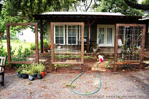 Easy, Inexpensive DIY Trellis screens. Incorporate into garden fence?