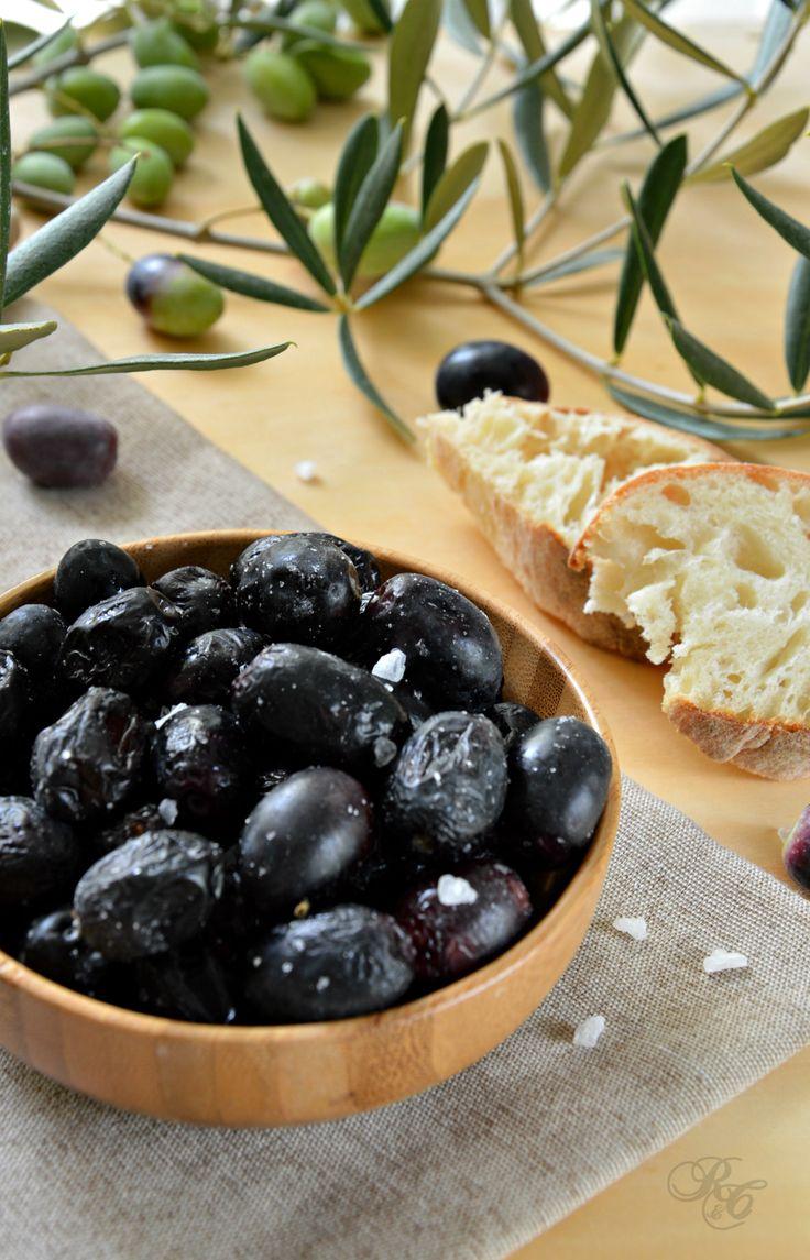 Olive sotto sale http://blog.giallozafferano.it/rafanoecannella/olive-sotto-sale/