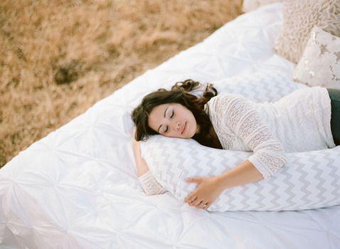 Pregnancy Body Pillows & Pregnancy Heartburn Relief Systems   Pregnancy Pillows   (Bump Nest, $99)