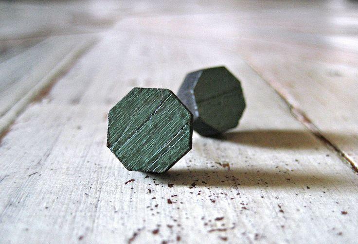 Hexagonal studs