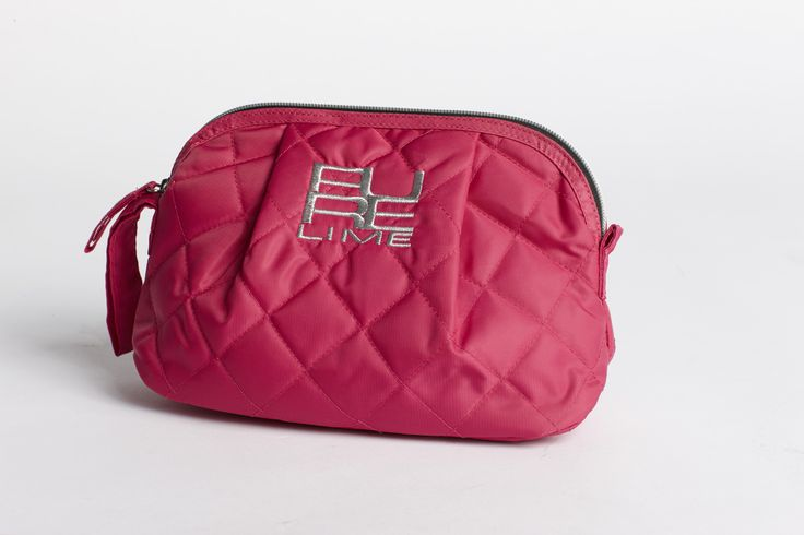 PureLime fitness shoes AW 2015 - makeup purse in pink