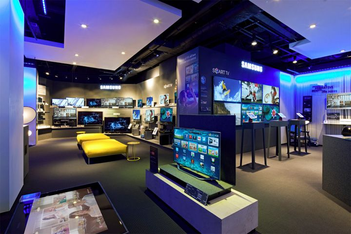 Samsung shop-in-shop at Selfridges by Dalziel and Pow, London