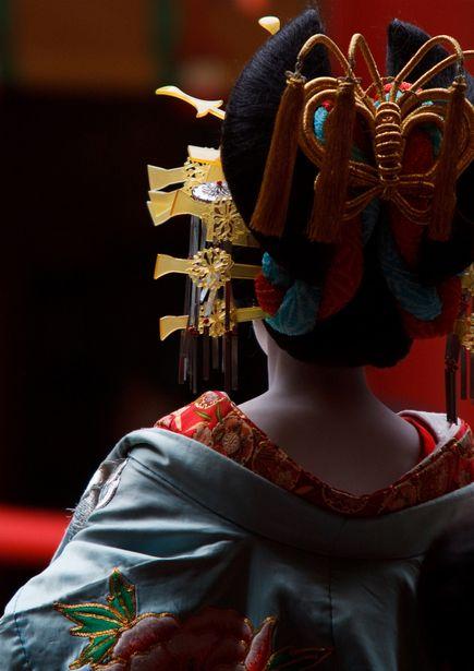 A woman dressed as an oiran. 花魁