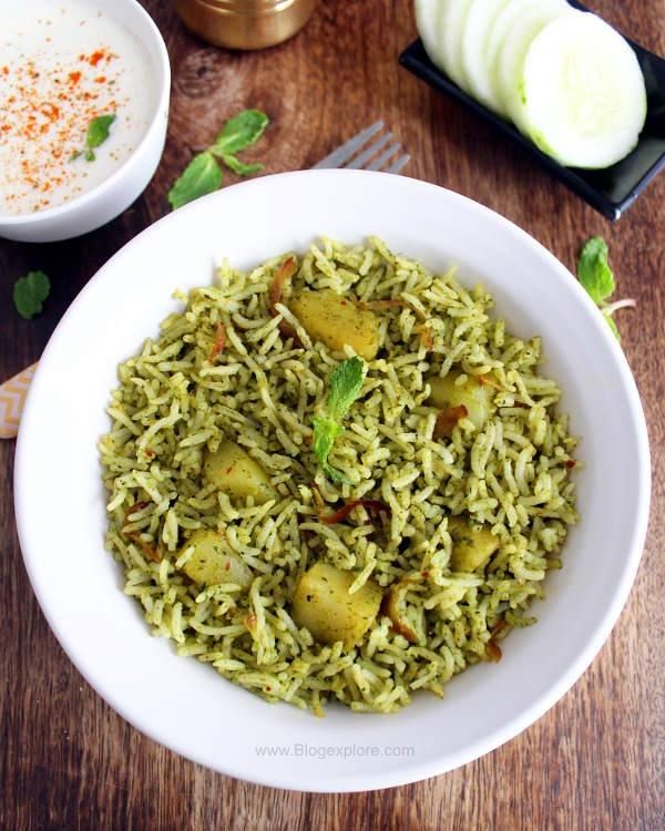 easy to make and flavor-packed Indian style mint rice using fresh mint leaves and spices.