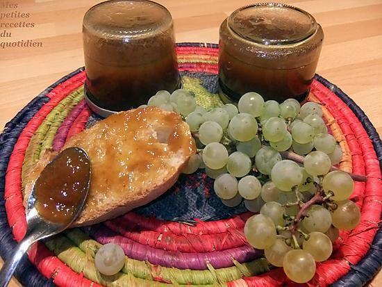 La meilleure recette de Gelée de raisins au thermomix! L'essayer, c'est l'adopter! 0.0/5 (0 votes), 0 Commentaires. Ingrédients: Pour un pot de confiture : * 500 grammes de raisins égrénés * 225 g de sucre * 1/2 cuillère à café d'agar agar (pas plus sinon ce serait trop épais) * 1/2 petit citron