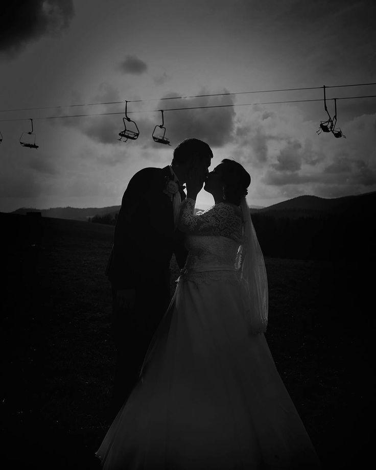 """Páči sa mi to: 39, komentáre: 2 – Amy Klusová - Fotografie 📷📷😊 (@amyklusova) na Instagrame: """"❤ #❤ #love #laska #married #svadba_uz #svadba2017 #amyklusova #amyklusovafotografie #orava…"""""""