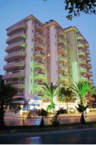 #Otel #Oteller #OtelRezervasyon - #Alanya, #Antalya - Elite Orkide Otel Alanya - http://www.hotelleriye.com/antalya/elite-orkide-otel-alanya -  Genel Özellikler Restoran, Bar, 24-Saat Açık Resepsiyon, Bahçe, Aile Odaları, Asansör, Emanet Kasası, Isıtma, Bagaj Muhafazası, Klima, Restoran (alakart) Otel Etkinlikleri Sauna, Fitness Merkezi, Masaj, Çocuk Bahçesi, Masa Tenisi, Hidromasajlı Küvet, Türk Hamamı/Buhar Banyosu, Kapalı Yüzme Havuz...