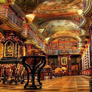 Love books.  Love reading.  Love libraries.  Next time I get to travel, I want to seek out some of these amazing places.  Oh, and WHY haven't  been to the Library of Congress yet?!  :O