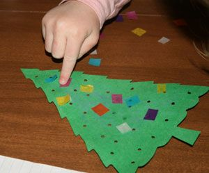 """Light Up"" Christmas Tree Craft (from All Kids Network)"
