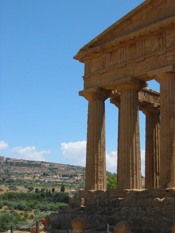 Greek Culture by ~17Virgona     Doric temple....