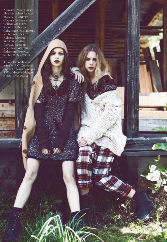 I want the plaid bottoms and sweater lookbook pinterest plaid grunge and the o 39 jays Rock and fashion style originating in seattle
