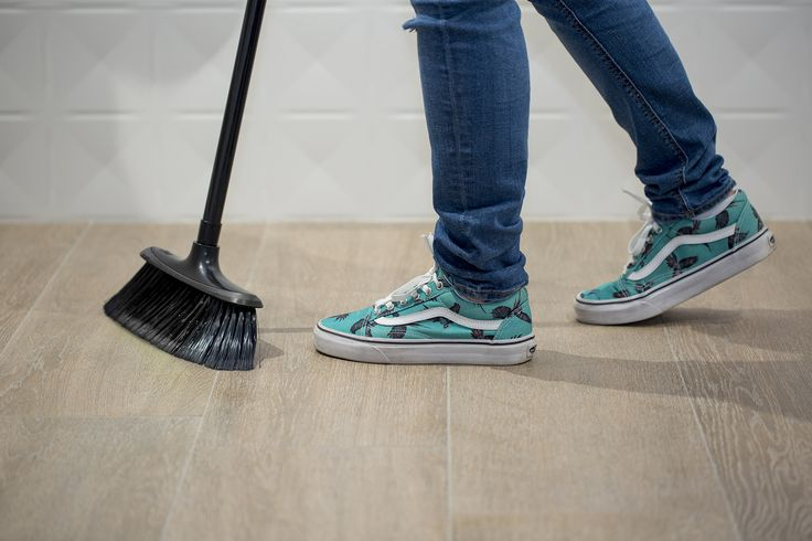 The first clean is all important.  After the tile-laying process is over, you are normally faced with a floor covered in cement residues, surplus grout etc. (as occurs with any building work). This is a very important moment in time because the cleaning of your porcelain floor tiles starts here. #tips #clean #hometips #clean