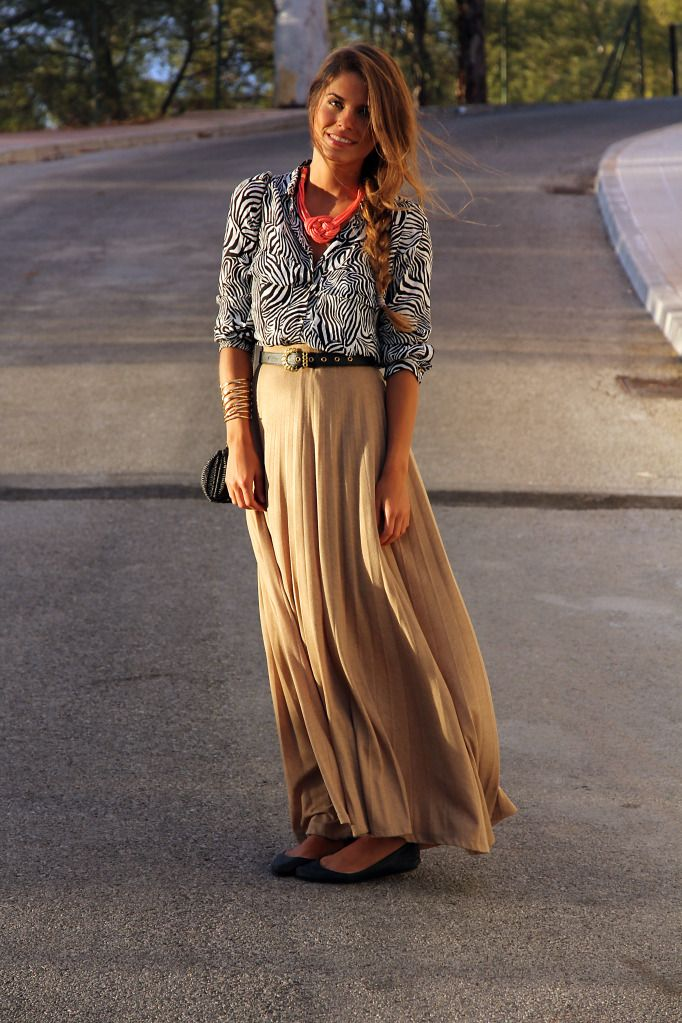 super cuteZebras Shirts, Camel Skirts, 100 Style, Outfit Seam, Long Skirts, Zebras Prints, Maxis Skirts 3, Beige Maxis Skirts