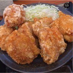 今マイブームなのがからやまの唐揚げ新橋に支店があります週2回のペースで持ち帰り買ってます(  )外はカリッカリ中は鶏のジューシーな肉汁がむちゃくちゃ美味しい(ˊˋ) 仕事やりながら主婦もやっている女性のみなさん夕食の献立にもいいですよ(  ) tags[東京都]