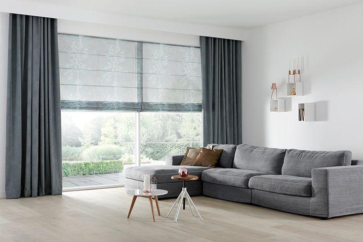 Niets brengt zoveel sfeer als een mooi vouwgordijn, gemaakt van een prachtige stof en tot in perfectie afgewerkt. Ontdek onze decoratieve raamdecoratie.