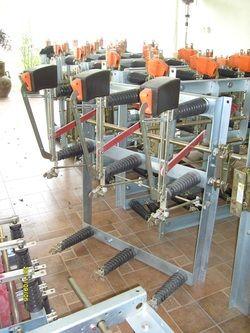 desconectador  34.5 kv  400 amperes  MODELO  LDTP 30 / 0 6 5 C K N T E