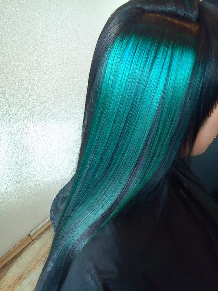 Black Hair With Turquoise Higlights Color Elumen Tq All