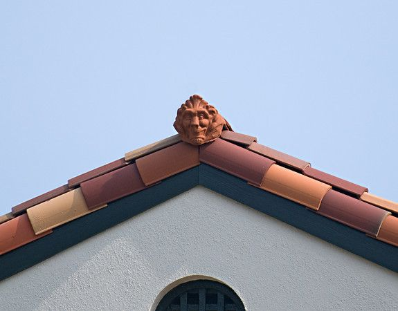 Best 17 Best Images About Decorative Roof Tile On Pinterest Roof Tiles Glazed Ceramic And Clay Tiles 400 x 300