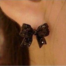 Bowknot earring