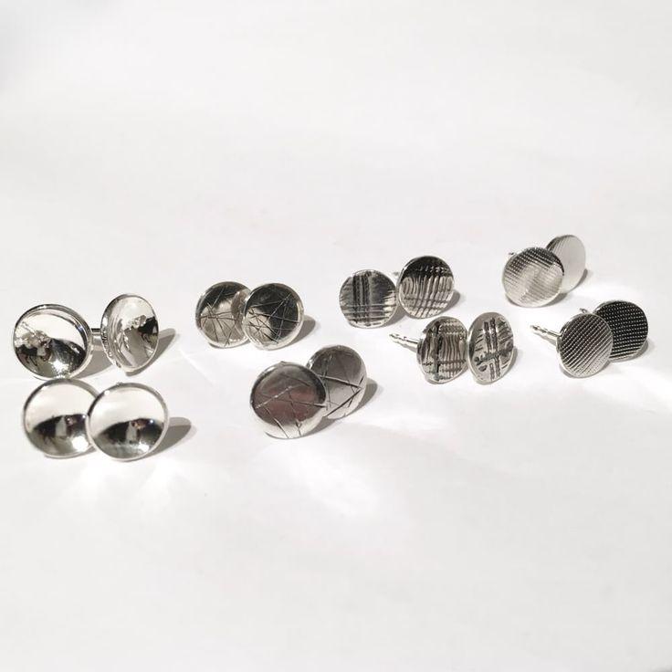 Håndlaget ørepynt via Zylla smykker. Sølv (925).