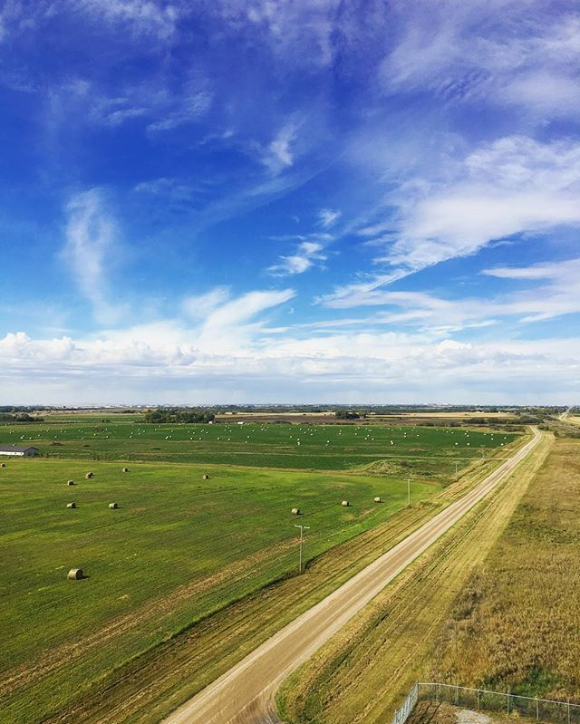 11 Super Cute Small Towns In Saskatchewan You Need To Roadtrip To This Summer - Narcity