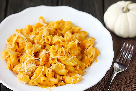 Pumpkin Macaroni & Cheese {Gimme Some Oven}