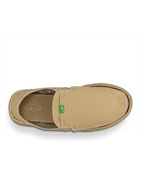 Not actually shoes, but sandals, the Pick Pockets from Sanuk are comfortable summer foot wear. Features: Super Soft, High Rebound, Molded EVA Footbed featuring an antimicrobial additive designed to reduce odor causing bacteria. Happy U Outsole. Handmade Textile Upper with Metal Rivets. Textile Liner. Large, Vamp Stash Pocket fits your ID or Keys. Buy Now http://www.outsidesports.co.nz/footwear/mens/casual/TUSMF1032/Sanuk-Pick-Pocket-Shoes---Men's.html#.VfjdO_mqpBc