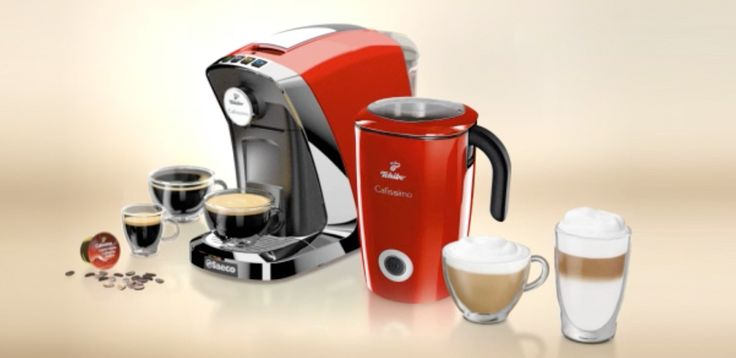Masz ochotę na filiżankę idealnego espresso, americano czy caffè crema? Wystarczy wcisnąć jeden przycisk! Ekspres Tchibo Cafissimo Saeco TUTTOCAFFÈ to kawowy ekspert, który odkryje przed Tobą świat wspaniałych smaków i aromatów.  Zobacz więcej na www.bit.ly/CafissimoTuttocaffeRosso