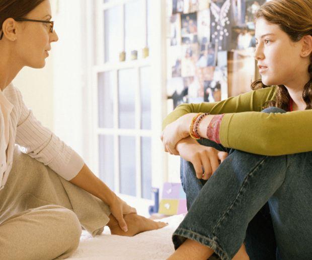 Tema de fondo: ¿Cómo hablarle a los adolescentes? - Familia - Temas del día - Estilo de Vida   Teletica:
